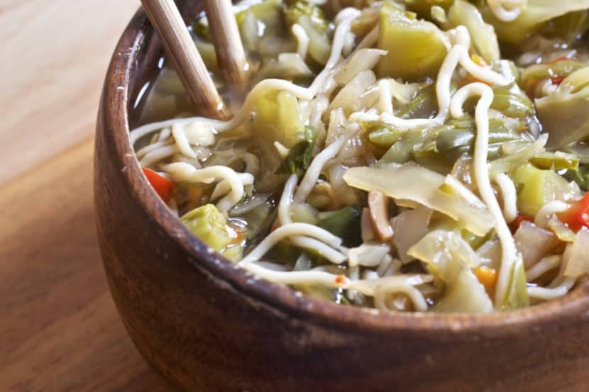 Vegan Chinese 5 Spice Noodles Soup | Healthy Helper @Healthy_Helper