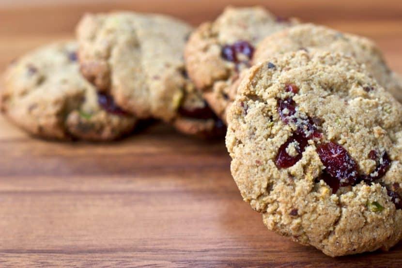 Pistachio Cranberry Almond Flour Cookies | Healthy Helper @Healthy_Helper