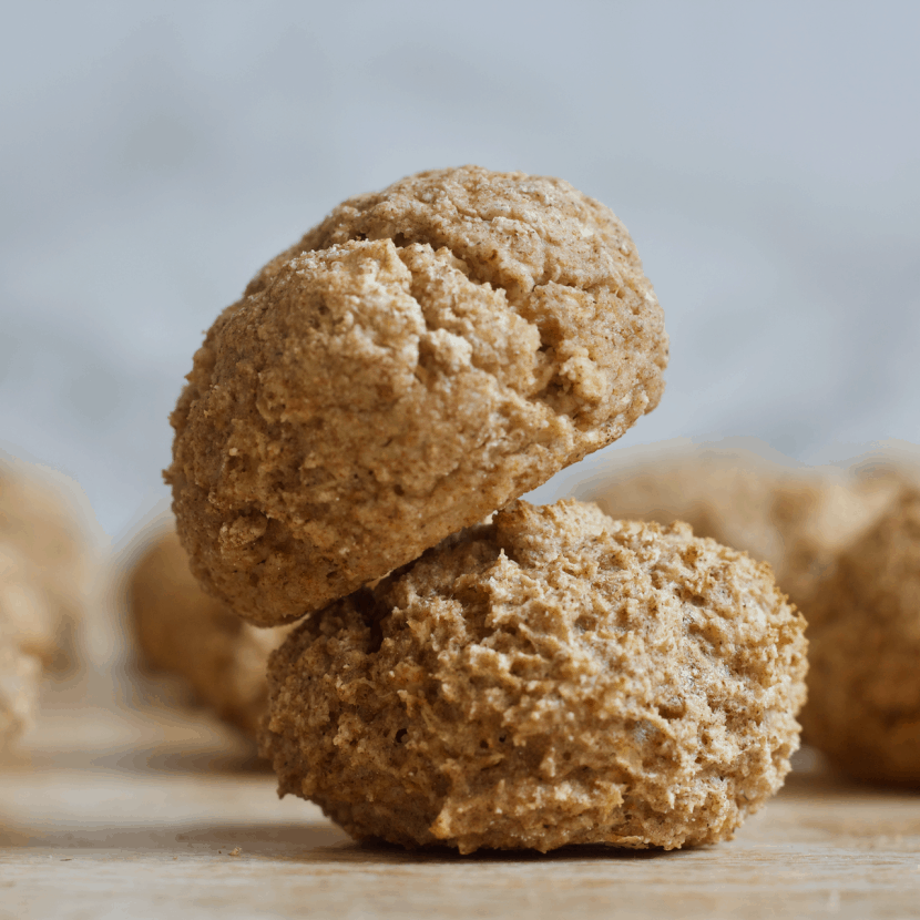Cinnamon Bagel Bites | Healthy Helper @Healthy_Helper Soft, doughy bites of yumminess with a secret veggies ingredient! These Cinnamon Bagel Bites are perfect for popping on the go or topping with your favorite breakfast spreads. Gluten-free, high protein, and low-carb!
