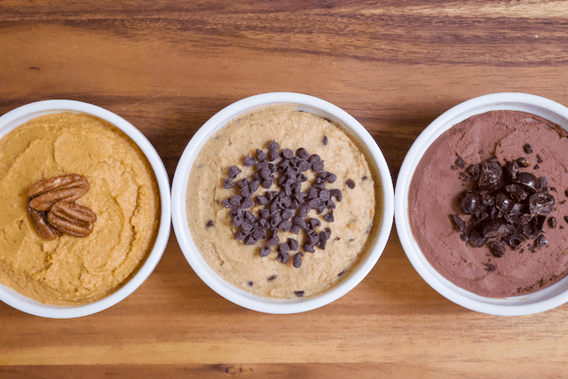 Chocolate Chip Cookie Dough Dessert Hummus | Chocolate Chip Cookie Dough Dessert Hummus that tastes like freshly mixed cookie dough. Creamy and rich with tons of chocolate chips mixed in. Perfect for satisfying all your cookie cravings the HEALTHY way. Vegan, gluten-free, and low in sugar.