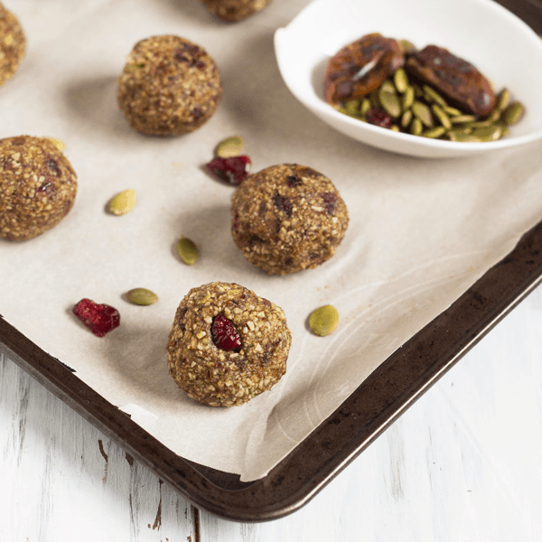 19 Nut-Free Bites and Balls | A roundup of nut-free bites and balls that are allergy-friendly and perfect for snacking on! Pop any of these delicious treats into your mouth for sweet satisfaction without worrying about nuts.